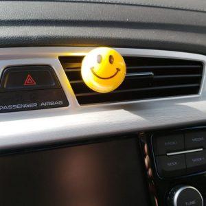 Aromatizante perfumado para auto Smile